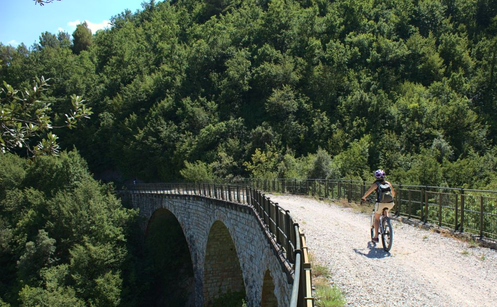 Einer der Vielen Viadukte des Spoleto-Norcia Radwegs