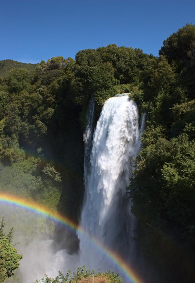 Cascata delle Marmore Wasserfall vom oberen Aussichtspunkt Specola Pio VI