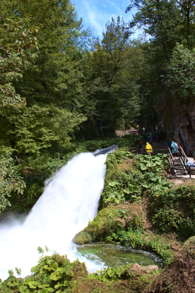 Pfad 2 im Marmore Wasserfall Wanderbereich